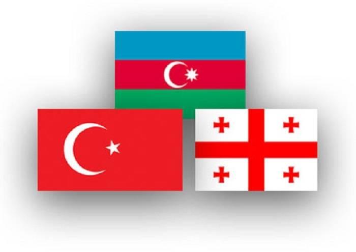 Réunion tripartite des chefs des forces armées azerbaïdjanaises, géorgiennes et turques à Tbilissi
