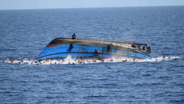 Boat sinks between Tunisia and Sicily, dozens of migrants missing