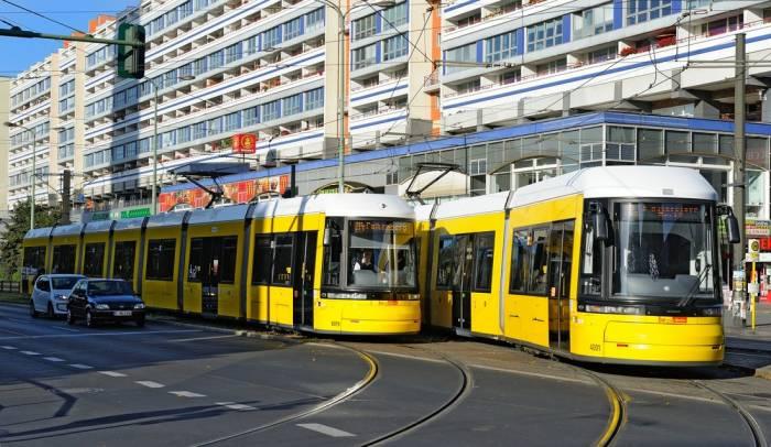 Berlində tramvay qəzası, 27 nəfər yaralanıb