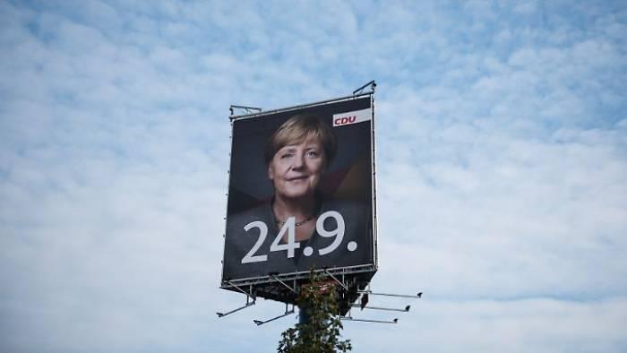 Warum Merkel keine Flüchtlinge mehr streichelt