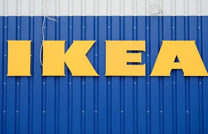 Ikea-Fahrer leben monatelang im Lkw