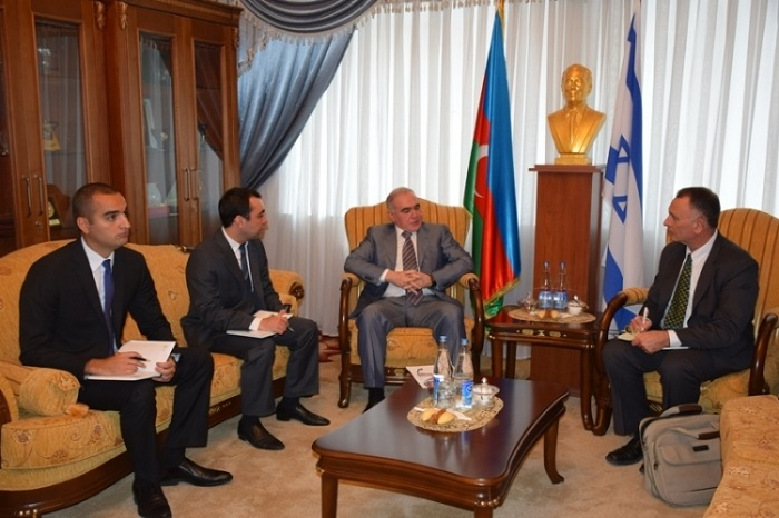 Azerbaijani Defense Industry Minister receives Israel ambassador