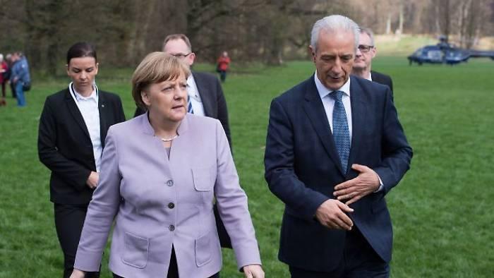 Sächsische CDU klagt Merkel an