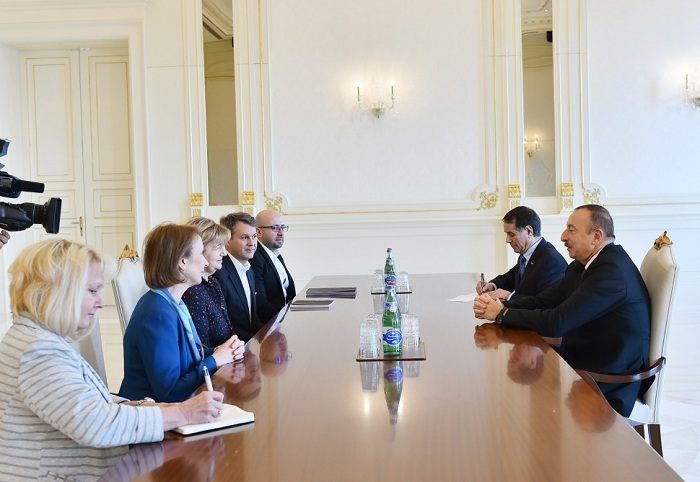 Ilham Aliyev rencontre la représentante commerciale du Premier ministre britannique