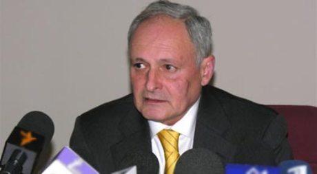 Oqtay Şirəliyev Macarıstanda görüşlər keçirib