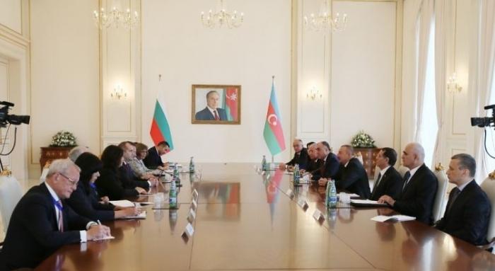 Azerbaijani, Bulgarian presidents meet in expanded format