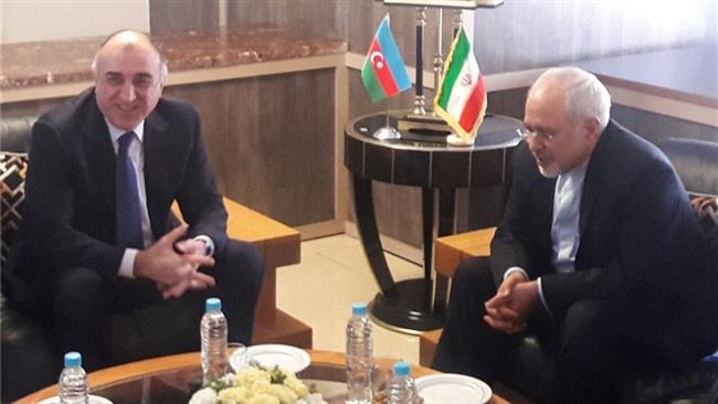 Le chef de la diplomatie azerbaïdjanaise rencontre Zarif en Iran