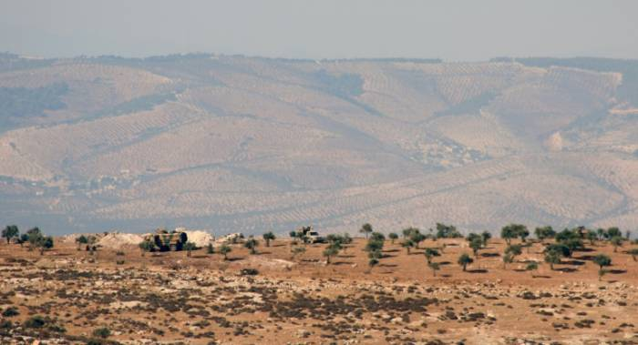 """La Syrie réclame le """"retrait immédiat"""" des forces turques d'Idleb"""