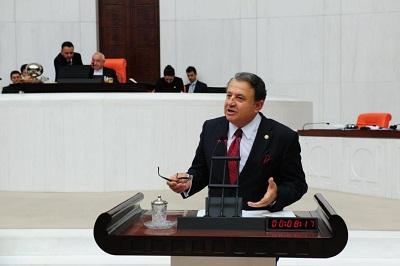 """Türkiyəli deputat: """"Erməninin ağlı mənə lazım deyil"""""""