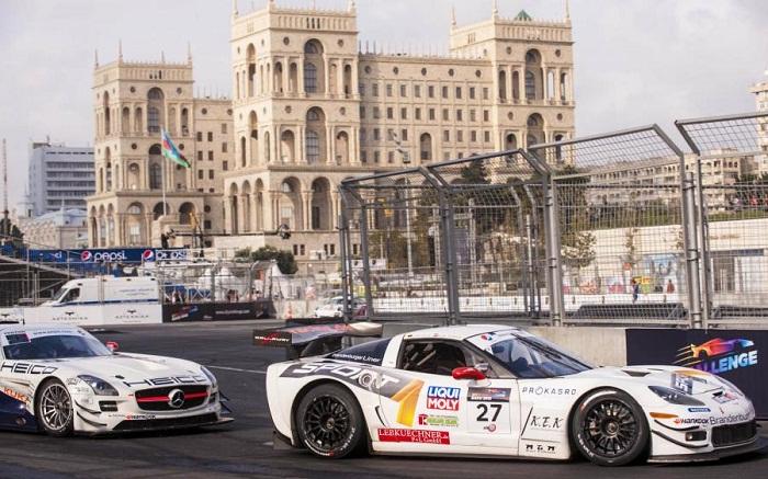 Is Baku, Azerbaijan ready to host the Formula 1? A tourist