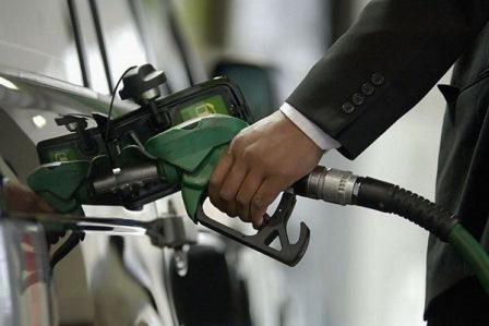 Sürücülərə şad xəbər: benzin bahalaşmayıb