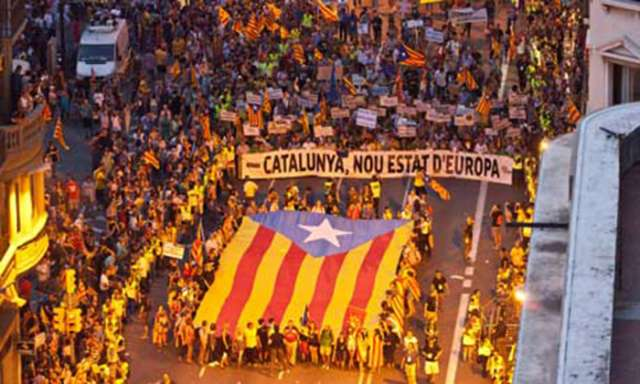 Catalonia crisis: Spain could allow votes on independence, says FM