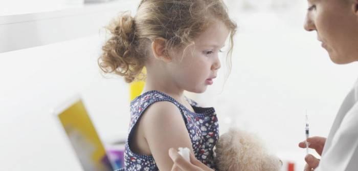 Vater setzt Impfung der Tochter gegen Ex-Frau durch