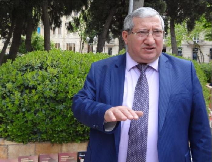 """Əlövsət Ağalarova """"Əməkdar jurnalist"""" oldu"""