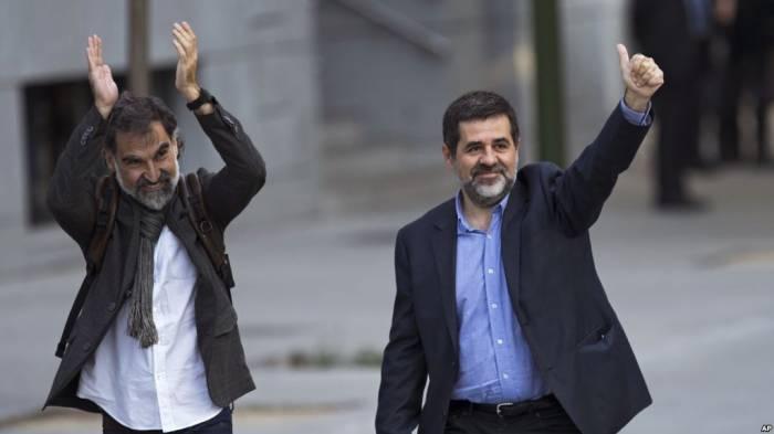 Gericht ordnet Festnahme von zwei katanlanischen Separatisten an