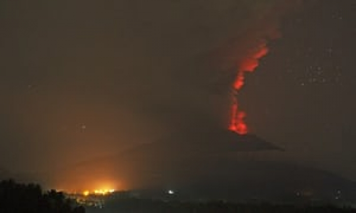 Bali volcano: glowing red lava seen on Mount Agung