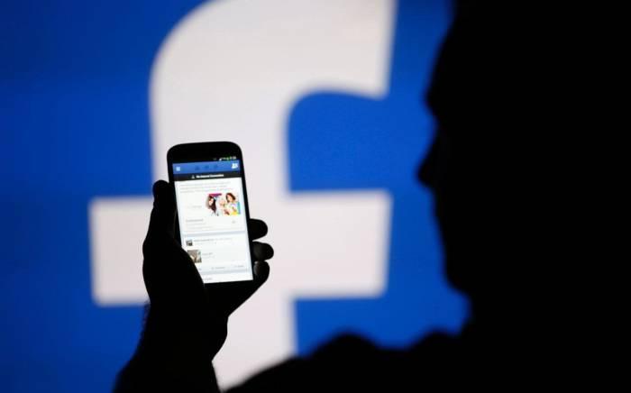 """1,37 milyard insan aktiv """"Facebook"""" istifadəçisidir"""