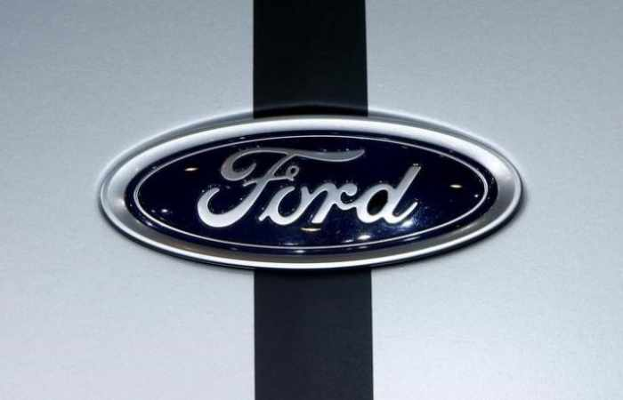 Ford recalling 270,000 cars in North America that could roll away