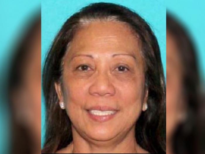 Las Vegas shooting: Girlfriend of Stephen Paddock picked up by FBI agents on return to US