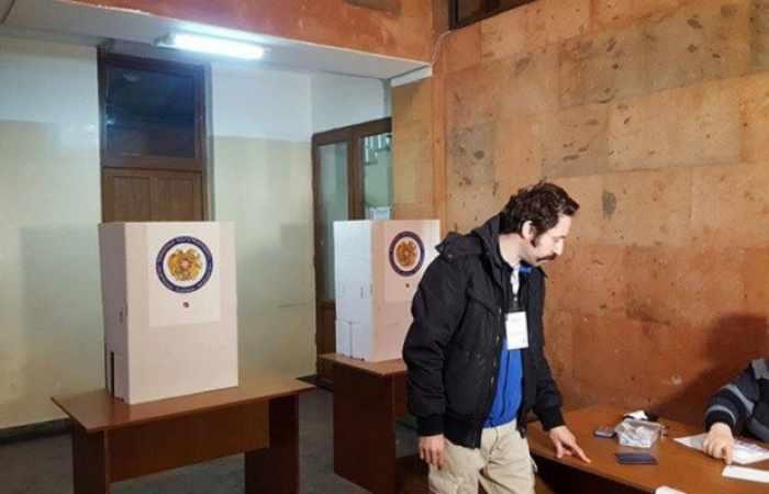 En Armenia se han revelado las violaciones en las secciones electorales