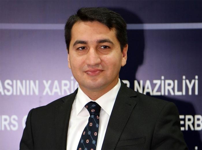Hikmet Hadjiyevrencontrera le secrétaire général adjoint de l