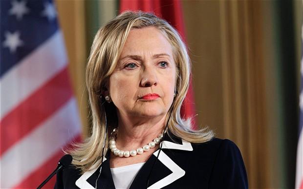 """Klinton """"soyqırım""""a görə İrəvana gedir?"""