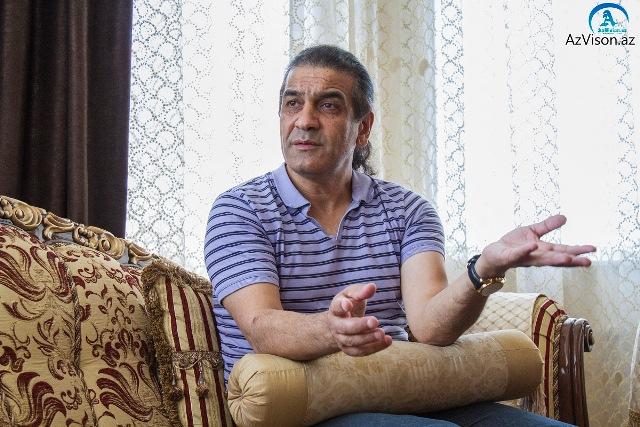`Erməniyə iki yumruq vurdum, çənəsi sallandı` - Rusiyadan çıxarılan azərbaycanlı aktyor