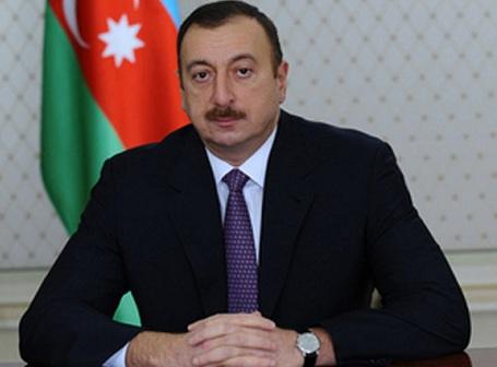 İlham Əliyev yenidən əməkhaqlarını artırdı
