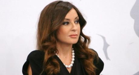 Mehriban Əliyeva ilin birinci xanımı oldu - FOTOLAR