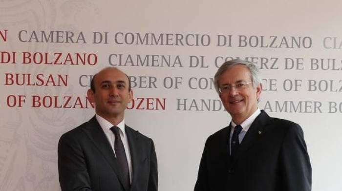 Botschafter von Aserbaidschan besucht die Handelskammer Bozen