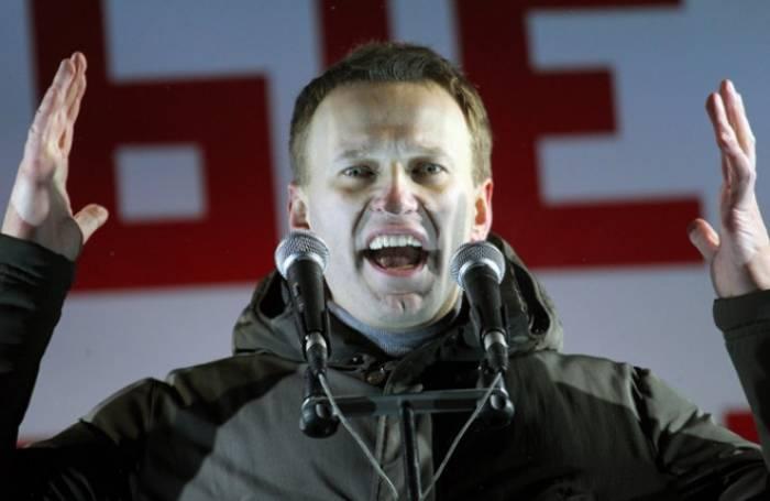 Rusiyanın müxalifət lideri həbsdən çıxdı - FOTO