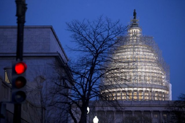 Obamacare repeal effort clears first big hurdle in U.S. Senate