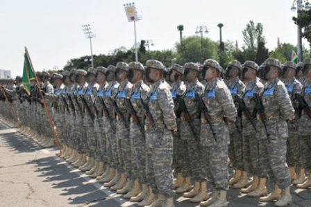 NATO mobile training team conducts training course for Azerbaijani servicemen in Baku