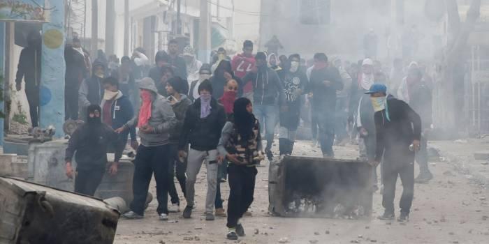 Plus de 930 personnes arrêtées pendant les troubles en Tunisie