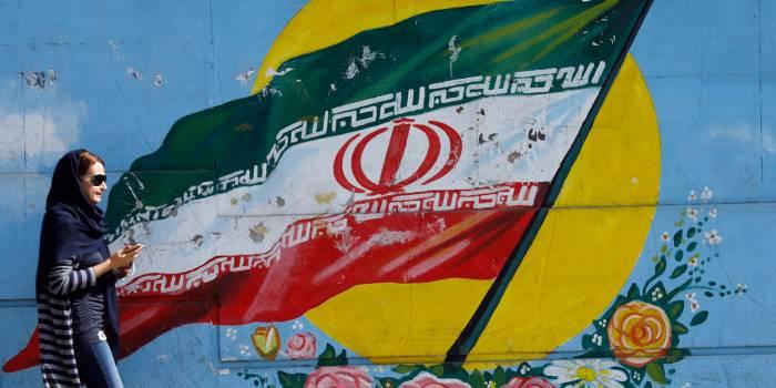 """Le programme balistique de l'Iran """"ne regarde pas"""" la France, affirme un responsable iranien"""