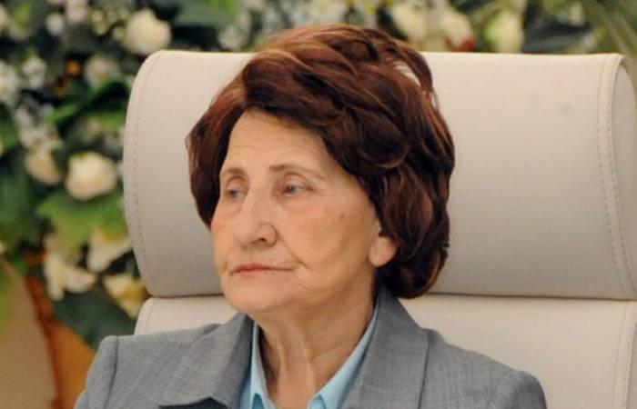 Rəfiqə Əliyevanın vəfatı ilə əlaqədar nekroloq imzalandı