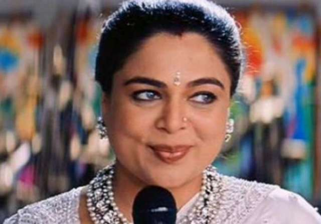 Reema Lagoo: Bollywood's 'favourite mother' dies