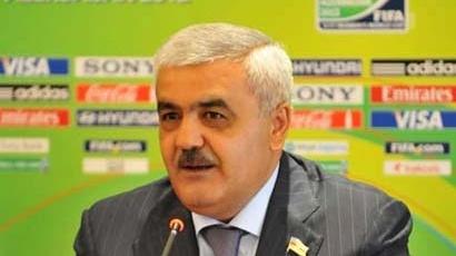 Rövnəq Abdullayev :`Berti Foqts hələ getmir`