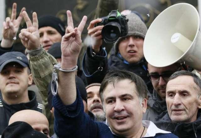 Ukraine police fail to find Saakashvili in protest camp raid