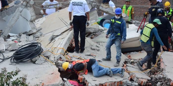 Séisme à Mexico : deux fois plus de femmes que d'hommes tuées