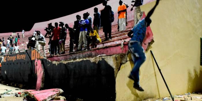 Bagarre mortelle au stade de Dakar : 10 membres d'un club de foot écroués