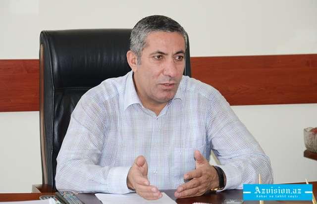 Prezident Siyavuş Novruzovu təltif etdi