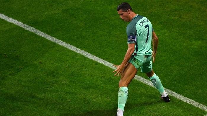 Ronaldo schläft 5 Mal pro Tag 90 Minuten