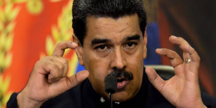 Maduro accuse Facebook et Twitter de le censurer