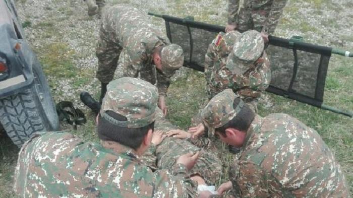 Düşmən ordusunda özbaşınalıq: İki erməni əsgəri güllələnib