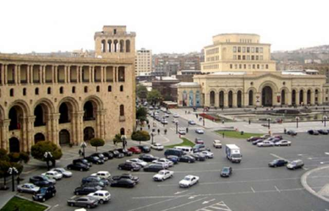 Armenia's economy fades without investment