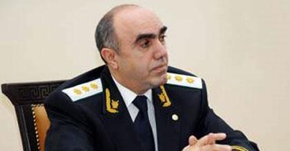 Zakir Qaralov rayon prokurorlarını dəyişdi