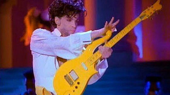 Resultado de imagen de Prince's custom-made Yellow Cloud guitar