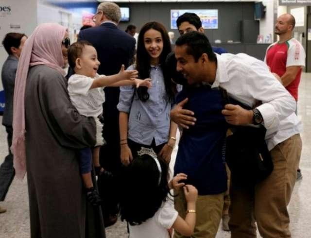 Trump travel ban: Judge expands definition of 'close relative'