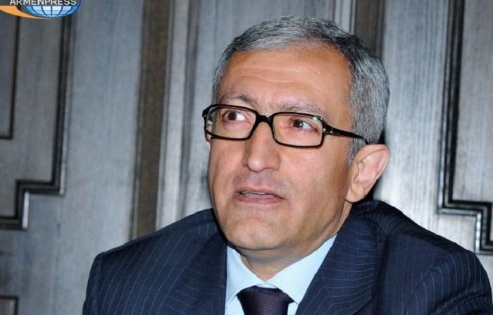 Ermənistanda nazir istefa verdi